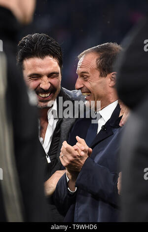 Gianluigi Buffon (Psg) Massimiliano Allegri Coach (Juventus)   during the Italian 'Serie A' match between Juventus 1-1 Atalanta at Allianz  Stadium on May 19 , 2019 in Torino, Italy. (Photo by Maurizio Borsari/AFLO) - Stock Image