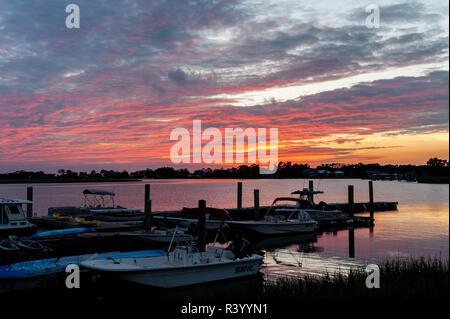 Sunset at AJ's Dockside Restaurant in Tybee Island Georgia on the Tybee Creek - Stock Image