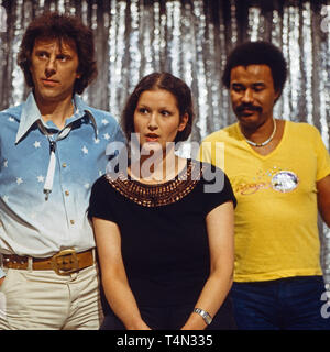 Jasmine Bonnin, deutsche Sängerin und Liedermacherin, bei einem Auftritt, Deutschland 1984. German singer and song writer Jasmine Bonnin performing in Germany, 1984. - Stock Image