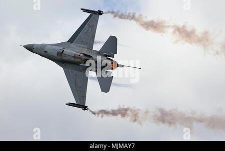 F-16AM Fighting Falcon at Biggin Hill Airshow - Stock Image