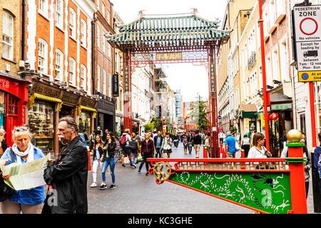 London chinatown, chinatown London, chinatown arch, chinatown entrance London UK, Chinatown, London, UK, England, - Stock Image