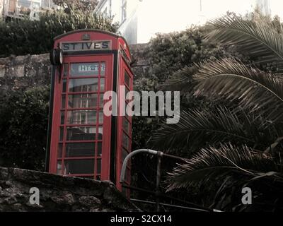 Telephone box, St Ives Cornwall - Stock Image