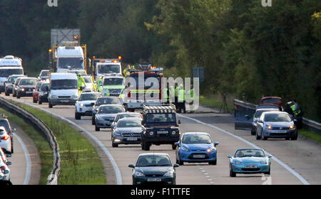 """M3 near Winchester, UK. 7th September, 2015.   M3 Hampshire ,Police dealing with a """"fatal collision"""" on the M3 northbound - Stock Image"""