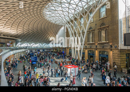 Kings Cross Station,Concourse,Busy,Euston Road,London,England - Stock Image