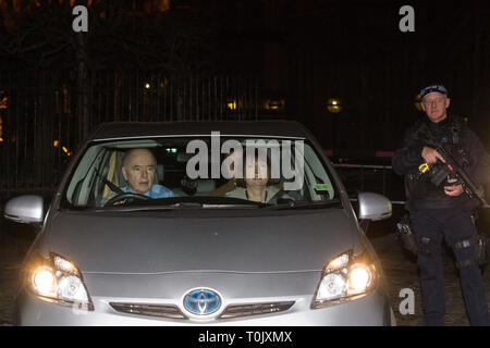 London, UK. 20th March, 2019. Harriet Harman, Labour MP for Camberwell and Peckham, leaves the House of Commons on the evening that Prime Minister Theresa May was meeting Opposition leaders to discuss extending Article 50 before travelling to Brussels tomorrow for an EU summit. Credit: Mark Kerrison/Alamy Live News - Stock Image
