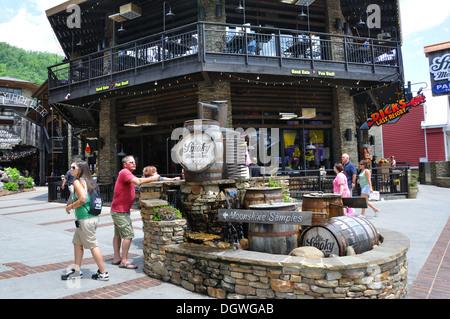 Ole Smoky Moonshine Holler, Gatlinburg, Tennessee, USA - Stock Image