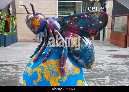 The Sky is Not the Limit, by Kim Thompson.  One of the Bee in the City sculptures, Spinningfields, Manchester, UK. - Stock Image