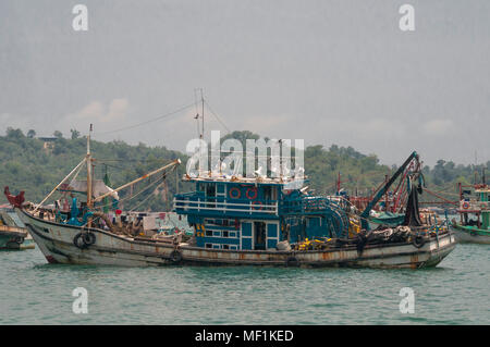 Fishing boats in harbour, Kota Kinabalu, Malaysian Borneo - Stock Image