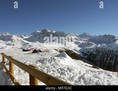 The swiss ski and linked resort of St Luc and Chandolin in the Valais region of Switzerland.  Looking towards the Matterhorn and Mont Cervin - Stock Image