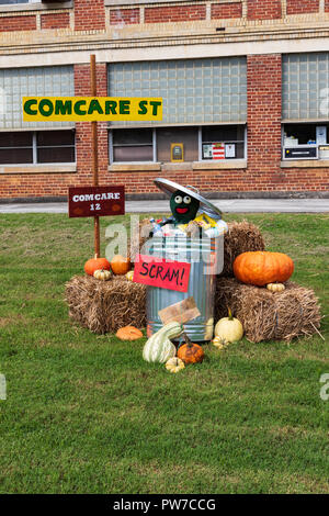 Greeneville, TN, USA-10-2-18: Local merchants designed Thanksgiving and Halloween displays for the front lawn of the Greeneville history museum. - Stock Image