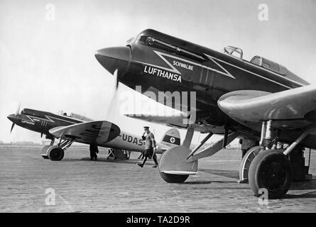In the 1930s, Lufthansa used Heinkel He 70 'Blitz' aircrafts on German domestic routes. With a top speed of 362 km / h, the He 70 was the fastest airliner of its time. - Stock Image