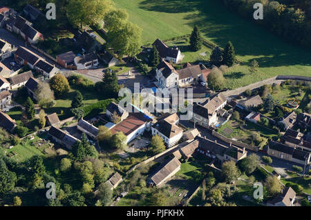 Aerial view of a Ile de France village and his town hall. Diant, Seine et Marne, France - Stock Image