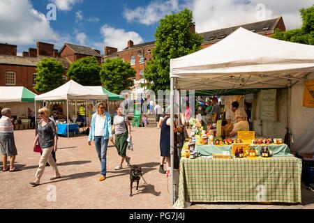 UK, England, Devon, Crediton, Market Square, twice monthly Farmers Market in progress - Stock Image