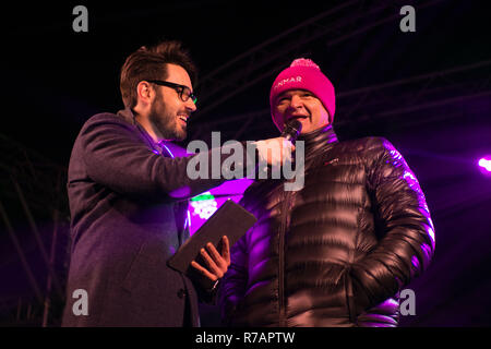 Aberdeen, UK. 8th Dec 2018. Sleep in the Park . Open championship winning golfer Paul Lourie is interviewed on stage before joining in with the sleep  Credit Paul Glendell Credit: Paul Glendell/Alamy Live News - Stock Image