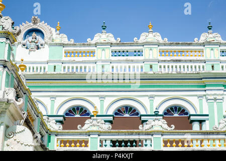 Chettinad palatial house in Kanadukathan. Chettiars were rich, 19th-century merchants and bankers from the Chettinad region, Tamil Nadu, India. - Stock Image