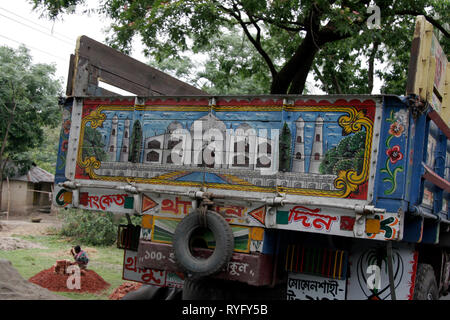 BANGLADESH Back of a truck, photo by Sean Sprague - Stock Image