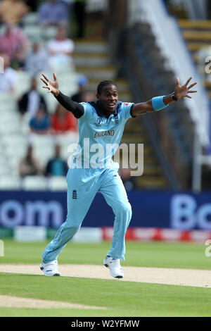 Birmingham, UK. Birmingham, UK. 11th July 2019; Edgbaston, Midlands, England; ICC World Cup Cricket semi-final England versus Australia;Jofra Archer appeals against Aaron Finch for lbw and is given out for a duck Credit: Action Plus Sports Images/Alamy Live News - Stock Image