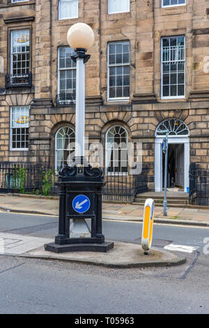Traffic sign and beacon, Great Stuart Street, New Town, Edinburgh, Scotland, UK - Stock Image