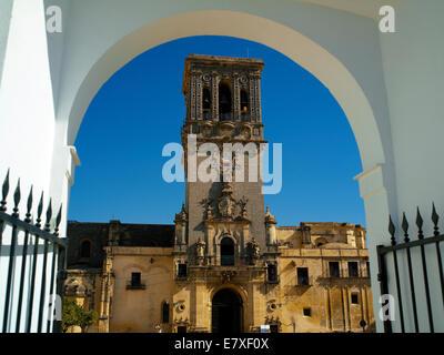 The Basilica-Parroquia de Santa Maria in the Plaza del Cabildo - Stock Image