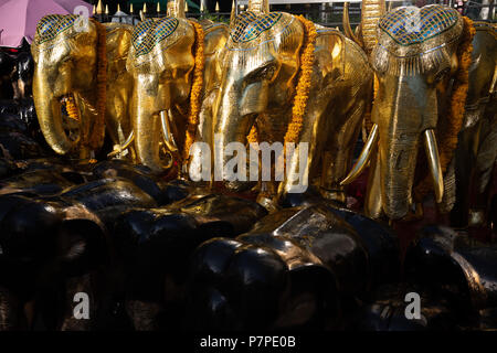 Erawan Shrine, Bangkok - Stock Image