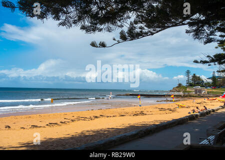 Collaroy Beach on a cold summer day, 22 Dec 2018. - Stock Image