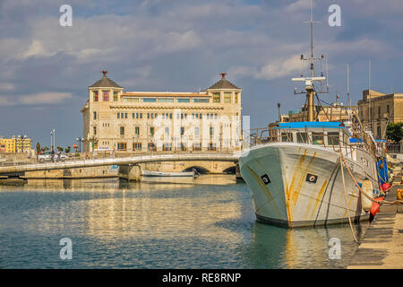 Old Post Office, Ortygia Island, Syracuse, Sicily, Italy - Stock Image
