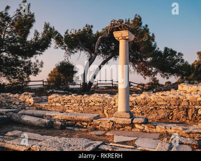 Ancient ruins in Thassos at Aliki near the old quarry and marble port - Stock Image