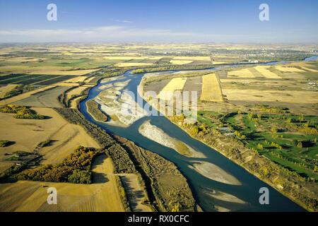 aerial, South Saskatchewan River, Saskatoon, Saskatchewan, - Stock Image