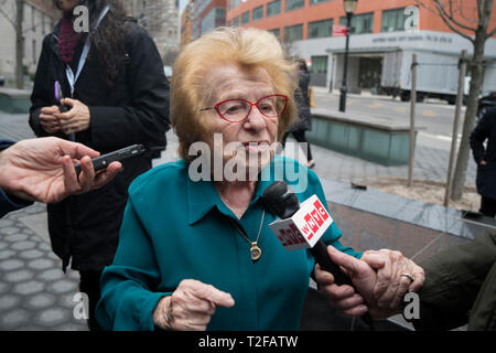 Dr. Ruth Westheimer, a Holocaust survivor who was imprisoned at Auschwitz, being interviewed at the Museum of Jewish Heritage in Battery Park City. - Stock Image
