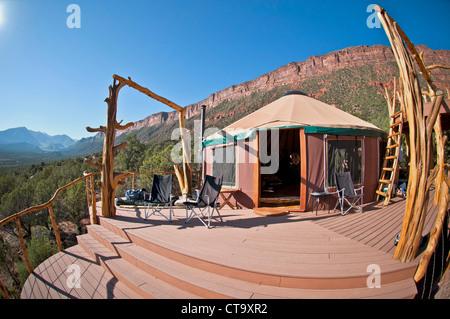 Yurt in Castle Valley, Moab, Utah, USA - Stock Image