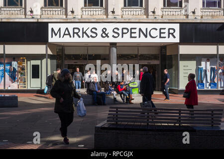 The Marks and Spencer store in Broad Street, Reading, Berkshire. - Stock Image