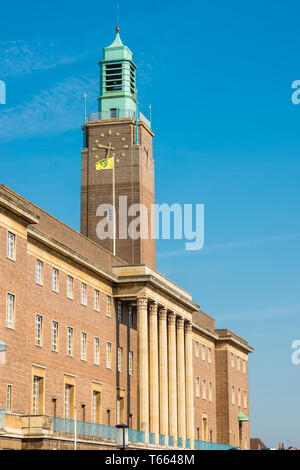 Imposing Art Deco building of the City Hall in Norwich city centre, Norfolk, England, United Kingdom. - Stock Image