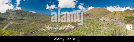 Panorama including the villages of Santiago del Teide and Las Manchas, Montana Bilma, the 1909 Chinyero lava flow - Stock Image