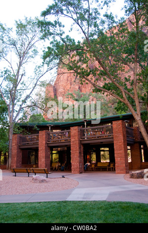 USA Utah, Zion National Park. The Lodge, only lodging in park. - Stock Image