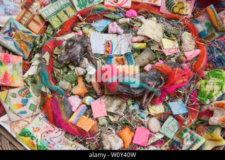 Offerings to Pachamama near the La Hechiceria Witches Market in La Paz, Bolivia - Stock Image