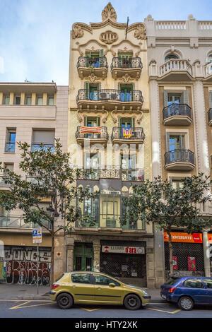 Carrer Gran de Gràcia 23, Barcelona, Catalonia, Spain. - Stock Image
