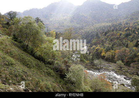 Landscape at Laba He Nature Reserve, Sichuan, China - Stock Image