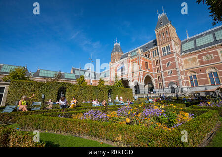Amsterdam, Rijksmuseum garden - Stock Image