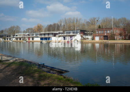 Oxford University Boathouses on Boathouse Island by the Thames in Christ Church Meadows - Stock Image