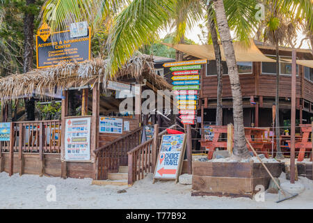 Tourist Information Centre at West Bay Beach Roatan Honduras. - Stock Image