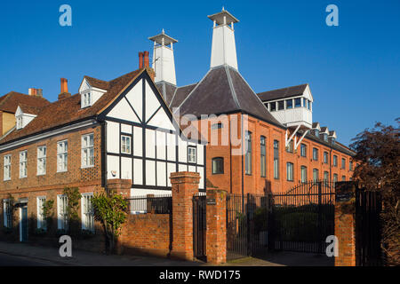 The original Malthouse for Brakspears Brewery in Henley-on-Thames, Oxfordshire, now converted into apartments. - Stock Image