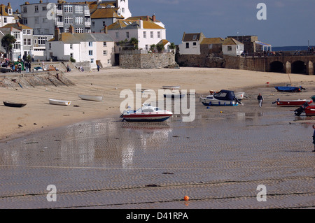 St Ives harbour, Cornwall, at low tide. - Stock Image