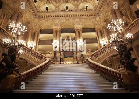 Opera Garnier stairway, luxury interior in Paris - Stock Image