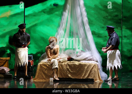 Sydney, Australia. 12th July 2019. Final dress rehearsal of Whiteley, Opera Australia's newly commissioned work about the turbulent life of iconic Australian artist Brett Whiteley and his vivacious wife Wendy. Credit: Richard Milnes/Alamy Live News - Stock Image