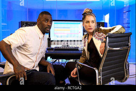 TURN UP CHARLIE 2019 Netflix TV series with Idris Elba and Piper Perabo - Stock Image