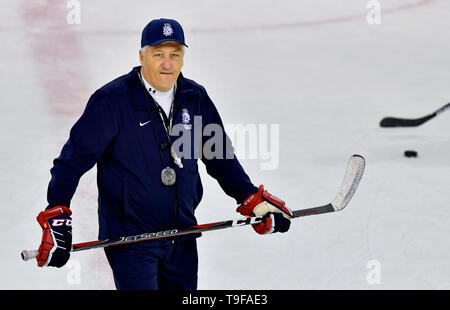 Bratislava, Slovakia. 18th May, 2019. Czech head coach Milos Riha in action during the training session of the Czech national team within the 2019 IIHF World Championship in Bratislava, Slovakia, on May 18, 2019. Credit: Vit Simanek/CTK Photo/Alamy Live News - Stock Image