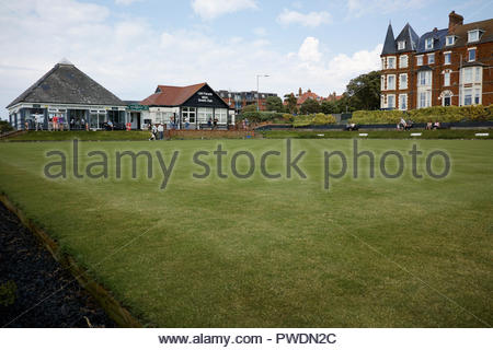 The green at Cliff Parade bowls club: Hunstanton, Norfolk. - Stock Image