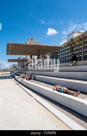 Israel, Tel Aviv-Yafo - 22 April 2019: The new Tayelet - Central Beach Promenade - renovated by Mayslits Kassif Architects - Stock Image