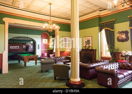 KATOOMBA, Australia - A pool room lounge inside the historic Carrington Hotel in Katoomba in the Blue Mountains - Stock Image