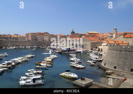 Harbour on the outside of the walled Croatian city of Dubrovnik - Stock Image